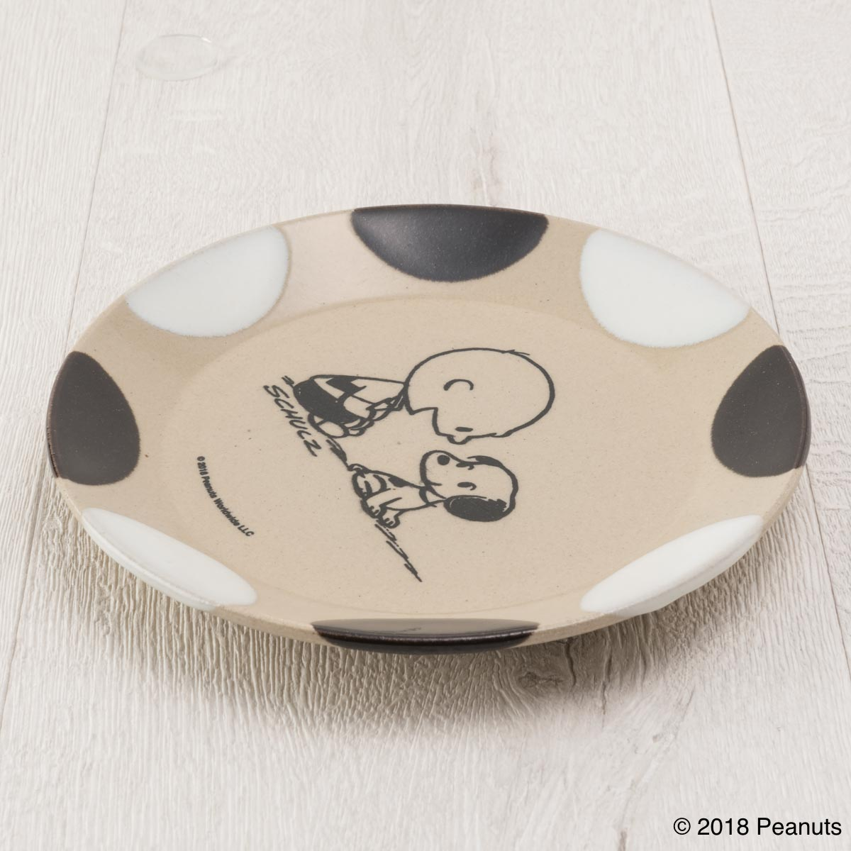 MASHICO プレート17cm PEANUTS [Charlie Brown & Snoopy] ブラック/ホワイト